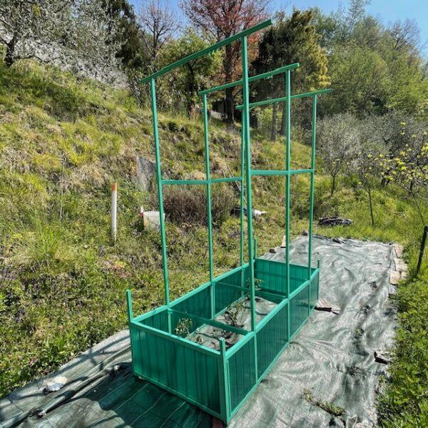 Potapom due tutore per piante da orto